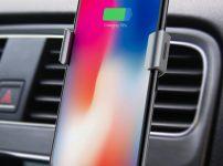 車内iPhoneスタンド