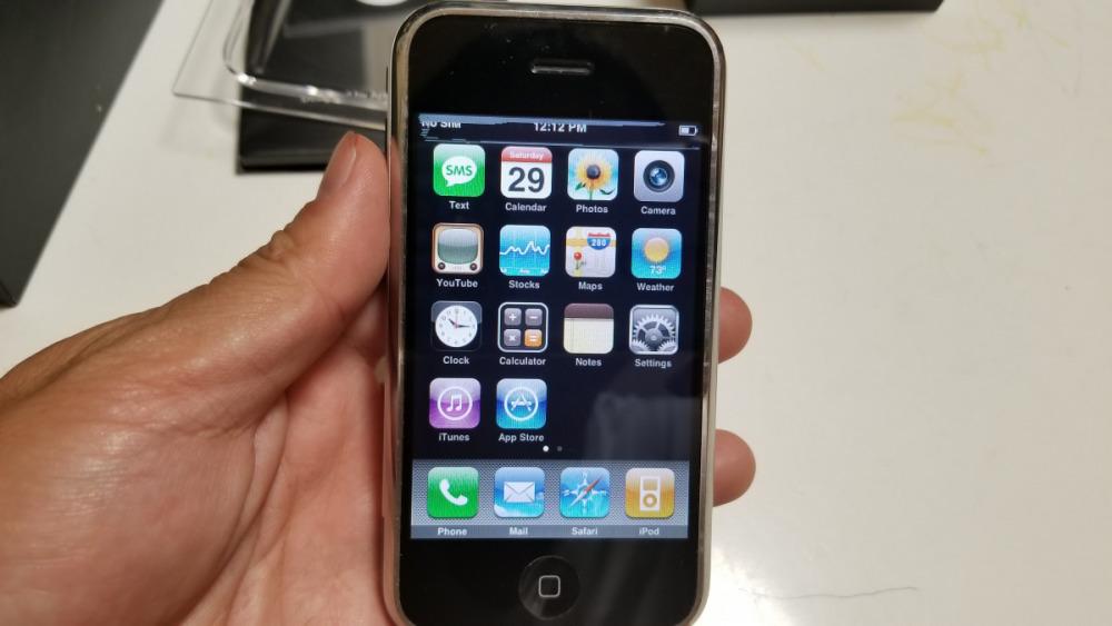 初代 iPhone 2G