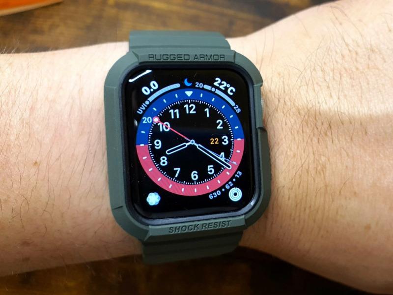 Apple Watch series 6 ラギッドアーマー装着