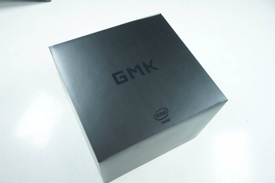 GMK NucBox 外箱