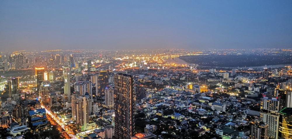 夕方のマハナコンタワーからの眺め