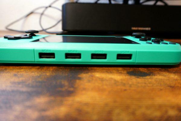 Q400 USB端子